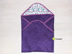 Couture Pack naissance cadeau, bavoir col claudine et sortie de bain violette - Creakiwi