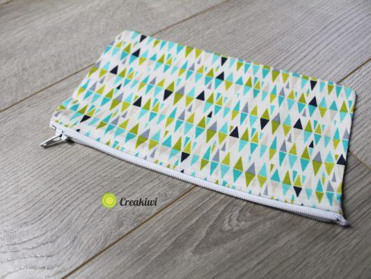 Trousse triangles bleu vert gris
