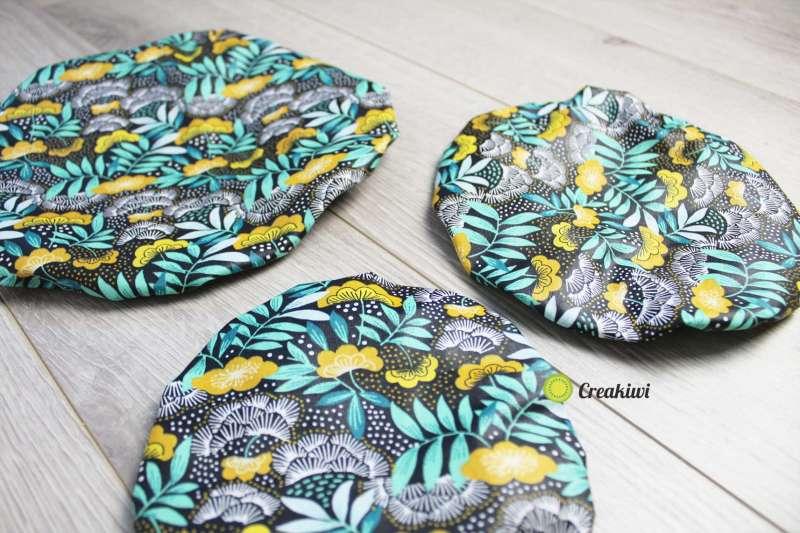 Lot de 3 couvercles écologiques différents formats motif fleurs jaunes et bleues