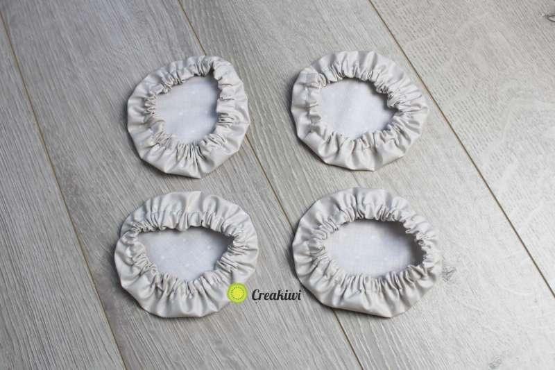 Lot de 4 petites charlottes diamètre 9cm beige à pois