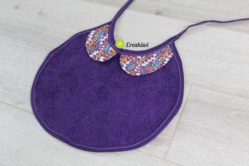 Bavoir col claudine violet pour petite fille Creakiwi